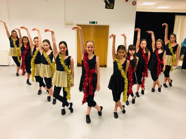 Christmas Show! Intermediate Street Jazz 'Black & Gold'